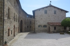 1.1464091172.4-castello-di-petroia