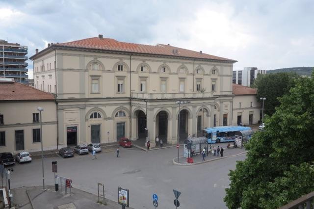 1.1464712335.perugia---train-station