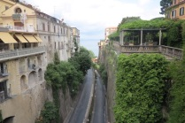 1.1464891315.sorrento---road-to-the-ferry-terminal