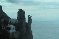 1.1464984910.amalfi-coast---virgin-mary-with-flowers