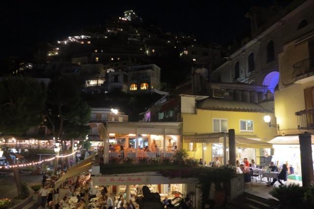 1.1465309987.positano---lights-at-night