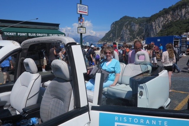 1.1465576417.capri---taxi