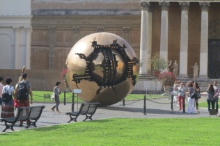 1.1466121600.vatican---contemporary-art