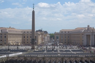 1.1466121600.vatican---st-peter-s-square