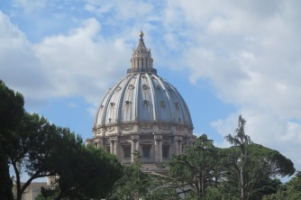1.1466121600.vatican---view-to-the-dome