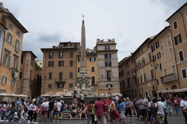 1.1466449502.rome---piazza-della-rotondo