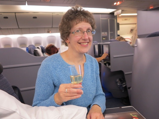 2.1412981121.sue-with-her-wine-in-1st-class
