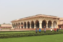 2.1413240686.4-agra-fort