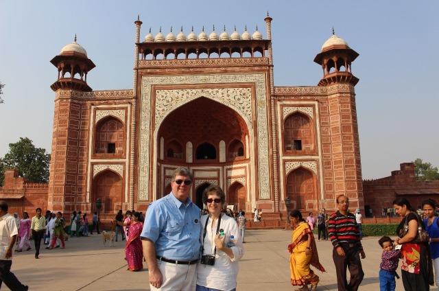 2.1413240686.outside-the-gates-of-the-taj-mahal