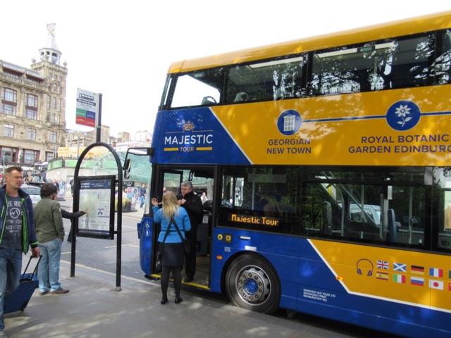 6.1495324800.ho-ho-bus
