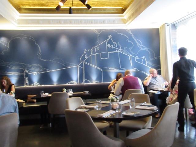 6.1495881992.1-castle-terrace-restaurant